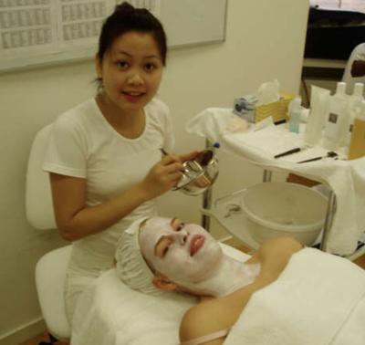 Facial mask training at IMKO